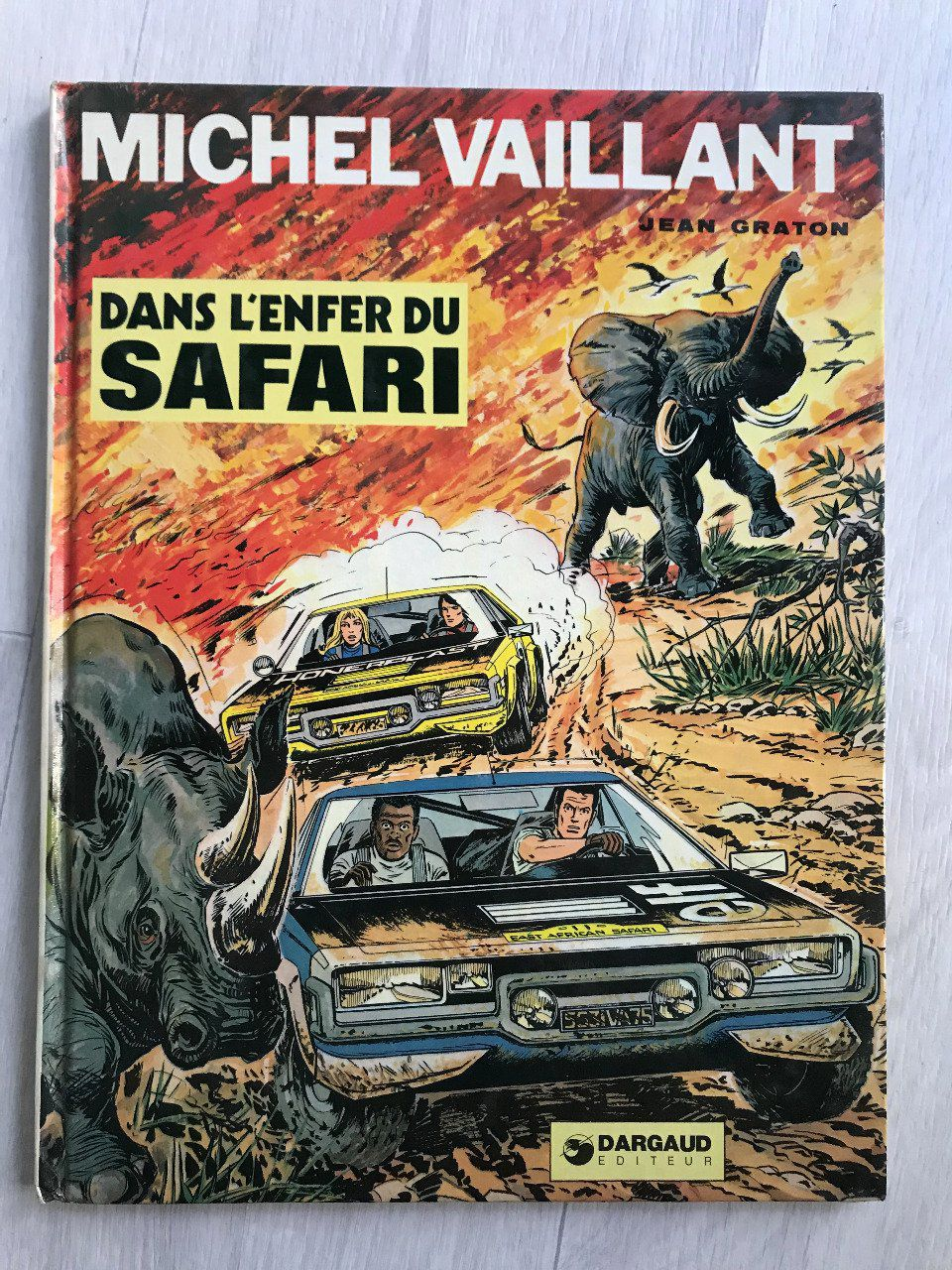 Michel Vaillant, tome 27, Dans l'enfer du Safari, 1975